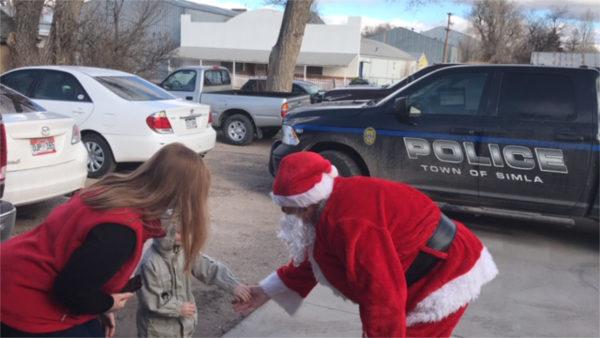 Santas visits station